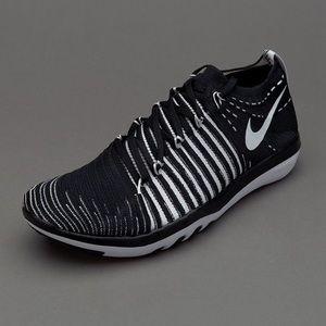 Nike Free Transform Flyknit Size 9